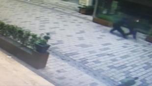 Beyoğlu'nda gasp dehşeti kamerada
