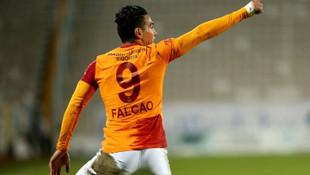 Galatasaray'da Falcao'nun yerine sürpriz golcü!