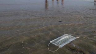 Denizler için tehlike: Maske ve eldivenler