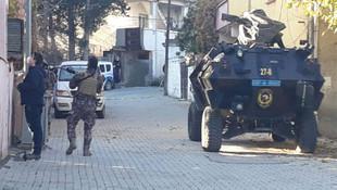 Gaziantep'te rehine krizi! Annesini öldürüp teslim oldu