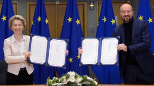 AB, İngiltere ile ticaret anlaşması imzaladı
