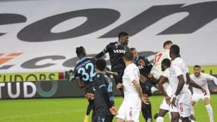 Abdullah Avcı'dan ilk puan kaybı! Trabzonspor-Sivasspor: 1-1