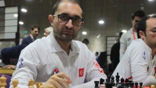Satrançta Büyükusta Mustafa Yılmaz'dan tarihi başarı