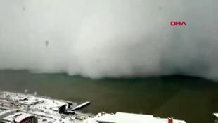 Artvin'de kar fırtınası kamerada