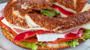 Kahvaltıda simit peynir yiyenlere kötü haber