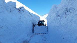 Yüksekova'dan kar manzaraları... 6 metreyi aştı