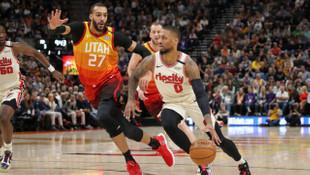 NBA All Star'da Damian Lillard'ın yerine Devin Booker olacak