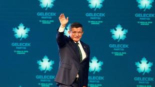 Davutoğlu'ndan Erdoğan'a: 'Oğlunu diğer vatan evlatlarından ayıran biri...'