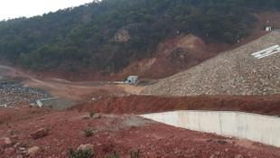 Uşak'ta baraj çatladı; okullar tatil edildi, 2 köy boşaltılıyor!