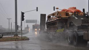 Tanklar Suriye sınırında!
