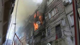 Şişli'de yangın ! Çok sayıda itfaiye ekibi sevkedildi