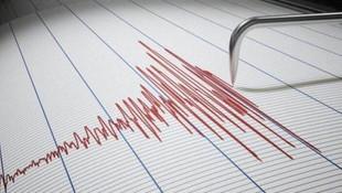Manisa'da 4.5 büyüklüğünde deprem !