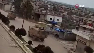 TSK İdlib'te! Mehmetçik'i taşıyan 50 araçlık konvoy İdlib'e girdi