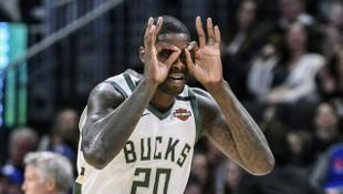 Milwaukee Bucks, NBA'de play-offlara ulaşan en erken takım oldu