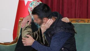 Diyarbakır'da bir kavuşma anı daha! PKK'dan kaçıp ailesiyle buluştu
