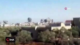 Esad rejimi ve Rus savaş uçakları İdlib'i vurdu: 20 ölü