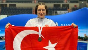Pentatlonda Türkiye'ye ilk altın madalya Fatma Damla Altın