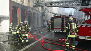 Fransa'da yangın faciası: 5 ölü