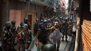 Hindistan'da Müslümanları hedef alıyorlar !