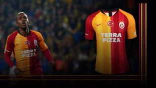 Galatasaray'ın Fenerbahçe derbisi formaları açık artırmayla satışta