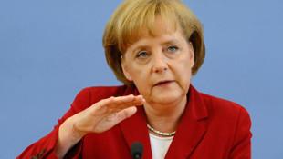 Merkel'e ''suikast'' suçlaması