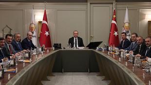 Erdoğan'dan geceyarısı acil İdlib toplantısı!