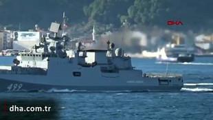 Rusya savaş gemileri İstanbul Boğazı'ndan geçti