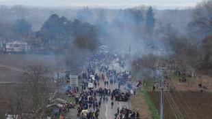 Yüzlerce mülteci Yunanistan sınırına dayandı!