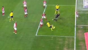 Antalyaspor - Fenerbahçe maçında inanılmaz anlar
