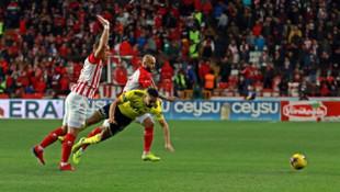 ÖZET | Antalyaspor - Fenerbahçe maç sonucu: 2-2