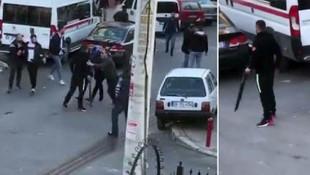 İzmir'de sokak ortasında terör estirdiler!