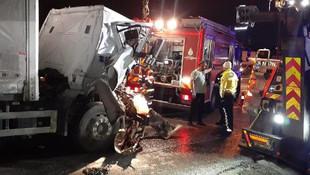 TEM'de feci kaza ! Trafik durma noktasına geldi