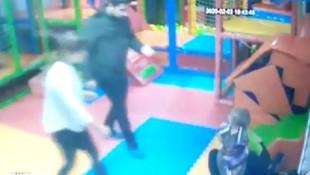Kreşte dehşet ! 2 yaşındaki çocuğa defalarca tokat atan öğretmen tutuklandı
