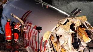 Uçak kazasında yaralıları kurtarma çabası kamerada !