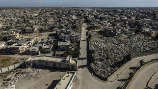 Esad rejimi Serakib ilçesinde binlerce kişiyi evsiz bıraktı