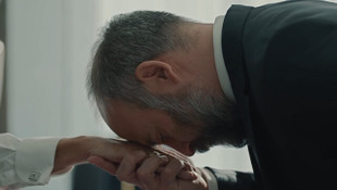 Babil'de İrfan, Süleyman'ın elini öptü