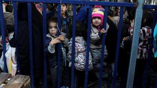 Yunanistan engellediği mülteci sayısını açıkladı