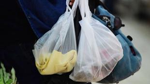 Koronavirüsün ardından vatandaşlar marketlere akın etti