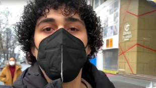Tehdit edilen Türk öğretmene yasak geldi !