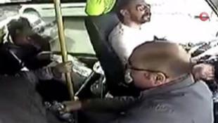 İstanbul'da yolcu midibüsünü silahla taradılar