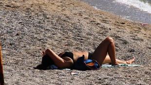 Muğla'da deniz sefası! Vatandaş kendisini sahile attı