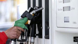 Benzine beklenen indirim geldi! Benzin artık motorinden daha ucuz!