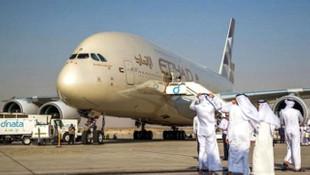 Birleşik Arap Emirlikleri 4 ülkeyle uçuşları askıya aldı !