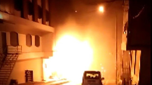 İstanbul'da bir otel alev alev yandı