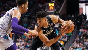 Charlotte Hornets 85-93 Milwaukee Bucks (Antetokounmpo'dan 41 sayı, 20 ribaunt)
