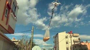 Türkiye'de çareler tükenmez ! Market alışverişini drone ile yaptı