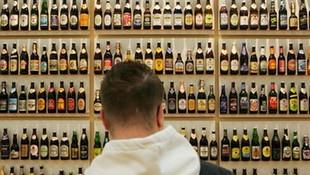 İngiltere'de alkol satan mini marketler de açık kalacak
