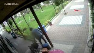 Tekerlekli sandalyenin çalınma anı kamerada !