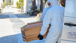İtalya'da koronavirüsten ölenlerin yaş ortalaması belli oldu