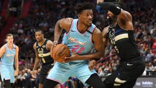 Miami Heat 105 - 89 Milwaukee Bucks